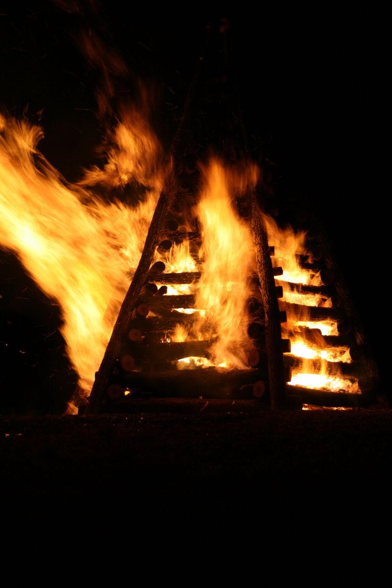 Bon Fire 1