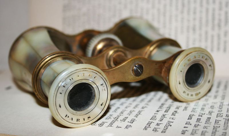 Opera-glasses-3