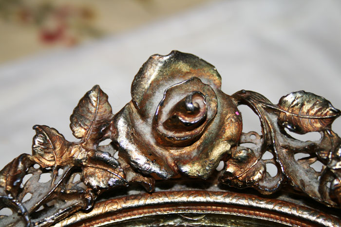 OVAL-ROSE-MIRROR-TRAY-3