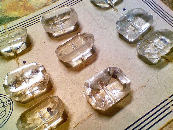 Glass buttons2